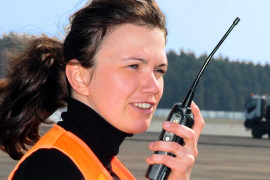 O rádio comunicador é um aparelho muito eficaz para diversos segmentos e áreas do mercado de trabalho.