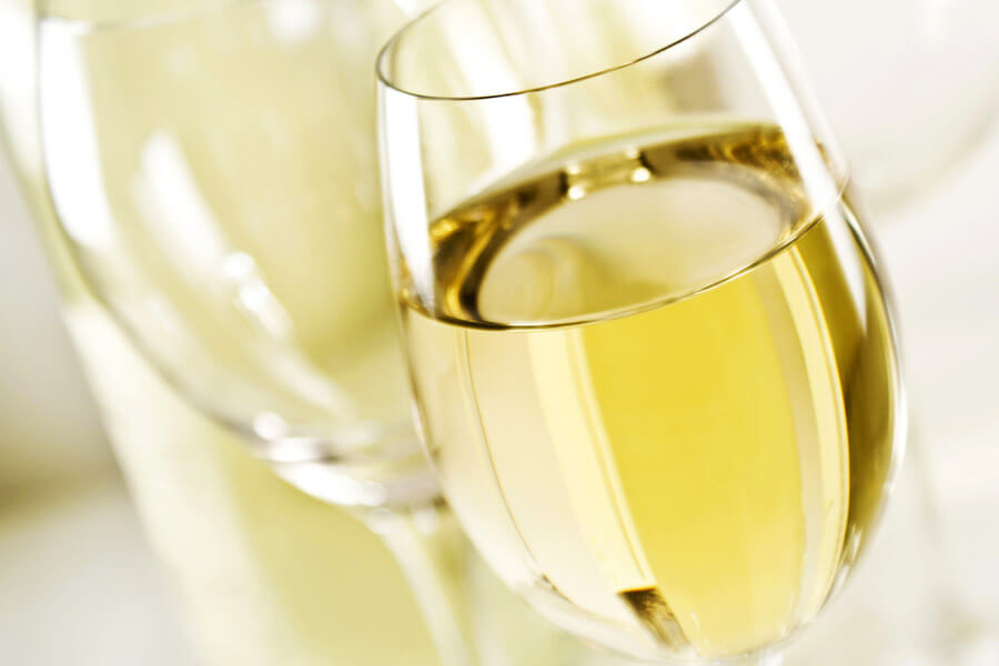 vinho-branco-boa-pedida-no-verao